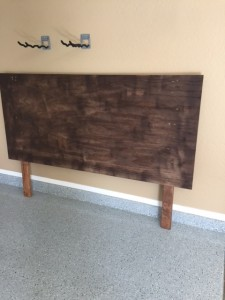 DIY Pallet Headboard - DIY Average Joe